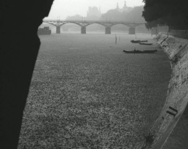 La Seine A Rencontré Paris Prévert Analyse