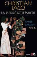 Couverture Paneb l'ardent - La Pierre de lumière, tome 3