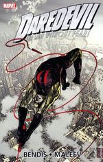Couverture Daredevil by Brian Michael Bendis & Alex Maleev Ultimate Collection, Book 3