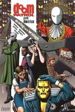 Couverture Doom Patrol, Vol. 1: Crawling From the Wreckage