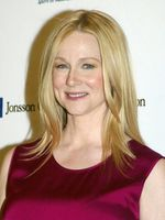 Photo Laura Linney