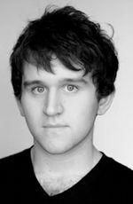 Photo Harry Melling