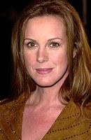Photo Elizabeth Perkins