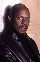 Photo Avery Brooks