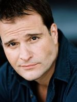 Photo Peter DeLuise