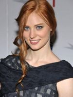 Photo Deborah Ann Woll