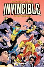 Couverture Loin de ce monde - Invincible, tome 8