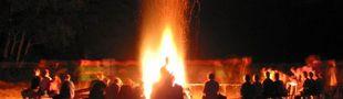 Cover Les hommes, les vrais, parlent autour d'un feu de camp...