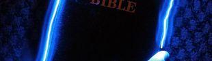 Cover La Bible est décidément une bonne cachette