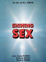 Affiche La fille au sexe brillant