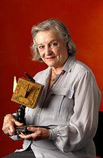 Photo Hélène Surgère
