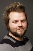 Photo Tyler Labine