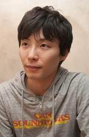 Photo Gen Hoshino
