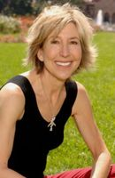 Photo Lin Shaye