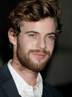 Photo Harry Treadaway