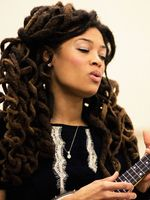 Photo Valerie June