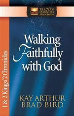 Couverture Walking Faithfully with God