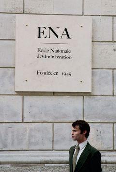 Affiche L'École du Pouvoir