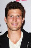 Photo Parker Young