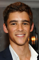 Photo Brenton Thwaites