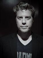Photo Kyle Eastwood