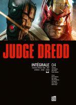 Couverture Judge Dredd - Intégrale 4