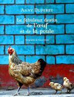 Couverture Le fabuleux destin de l'oeuf et de la poule