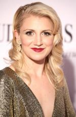 Photo Annaleigh Ashford