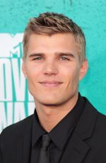Photo Chris Zylka