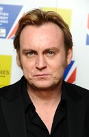 Photo Philip Glenister