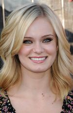 Photo Sara Paxton