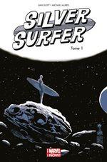 Couverture Une Aube Nouvelle - Silver Surfer (2014), tome 1