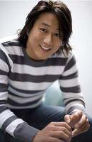 Photo Sung Kang