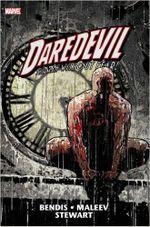 Couverture Daredevil by Brian Michael Bendis & Alex Maleev Omnibus, Vol. 2