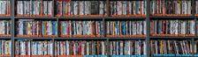 Cover Je ne sais pas si je suis cinéphile mais je suis cinéphage et acheteur compulsif donc je dépense mon argent en films (ma collection de DVD/Blu-Ray pour ceux qui n'ont pas compris).