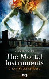 Couverture La cité des cendres - The Mortal Instruments, Tome 2