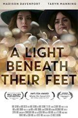 Affiche A Light Beneath Their Feet