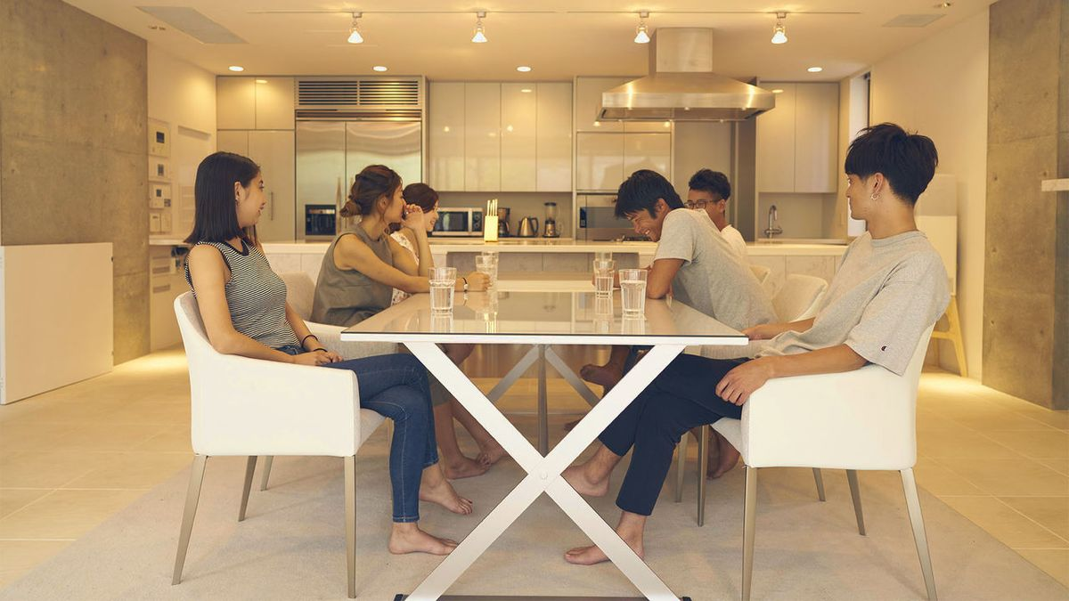 Terrace house boys girls in the city emission tv 2016 for Terrace house tv