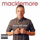 Pochette Love Not War