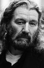 Photo Clive Russell