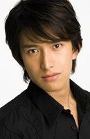 Photo Tsuyoshi Abe