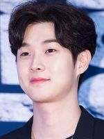 Photo Choi Woo-sik