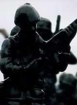 Affiche Fusil en main et poudre aux yeux