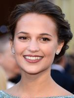 Photo Alicia Vikander