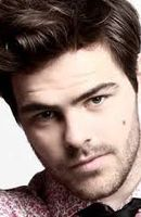 Photo Peter Lanzani