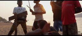 Vidéo CLIP DU JOUR : Flox en voyage avec Kick It out