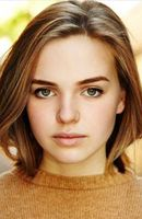 Photo Odessa Young