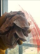 Affiche Comment nettoyer une vitre avec un journal