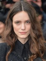 Photo Stacy Martin
