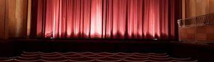 Cover Red Velvet Curtain !